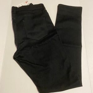 NWT High Rise Slim Fit Jeans